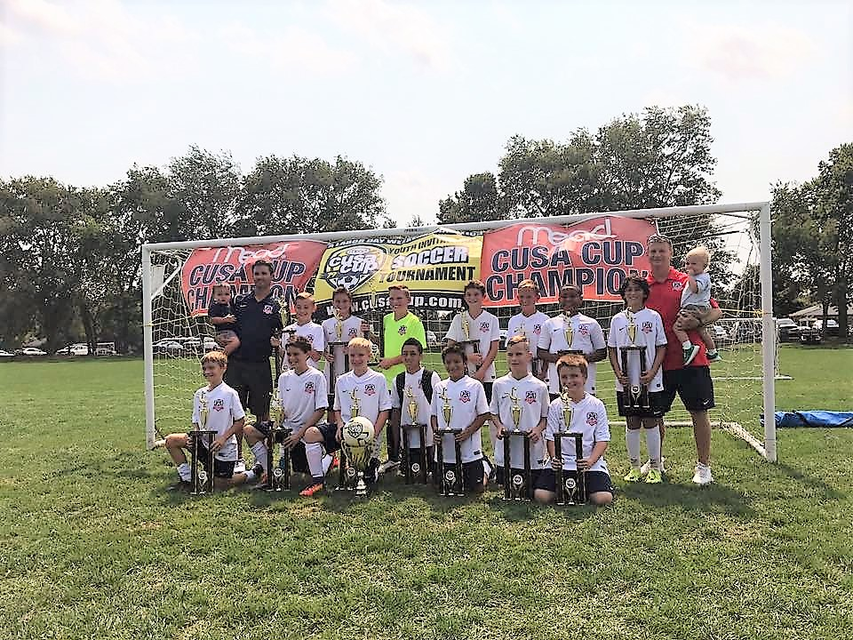 Lexington FC 2005 Boys White Bring home the Mead Cup Hardware!